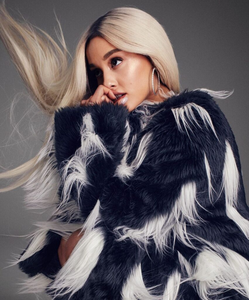 ariana grande profile picture for whatsaap